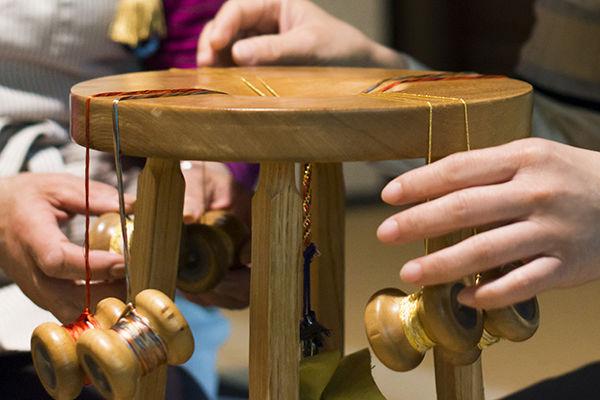Плетение шнуров кумихимо