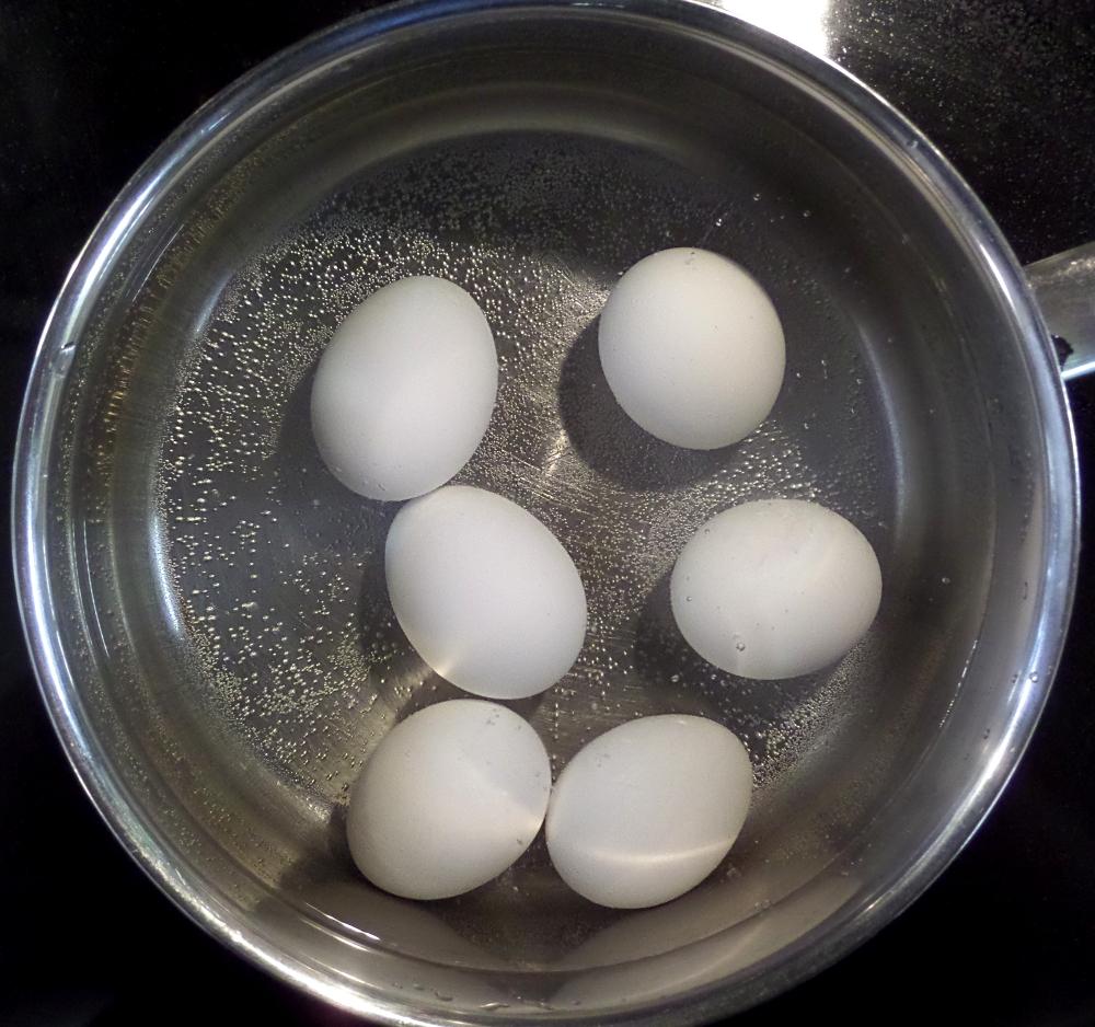 Сколько варить яйца для ребенка