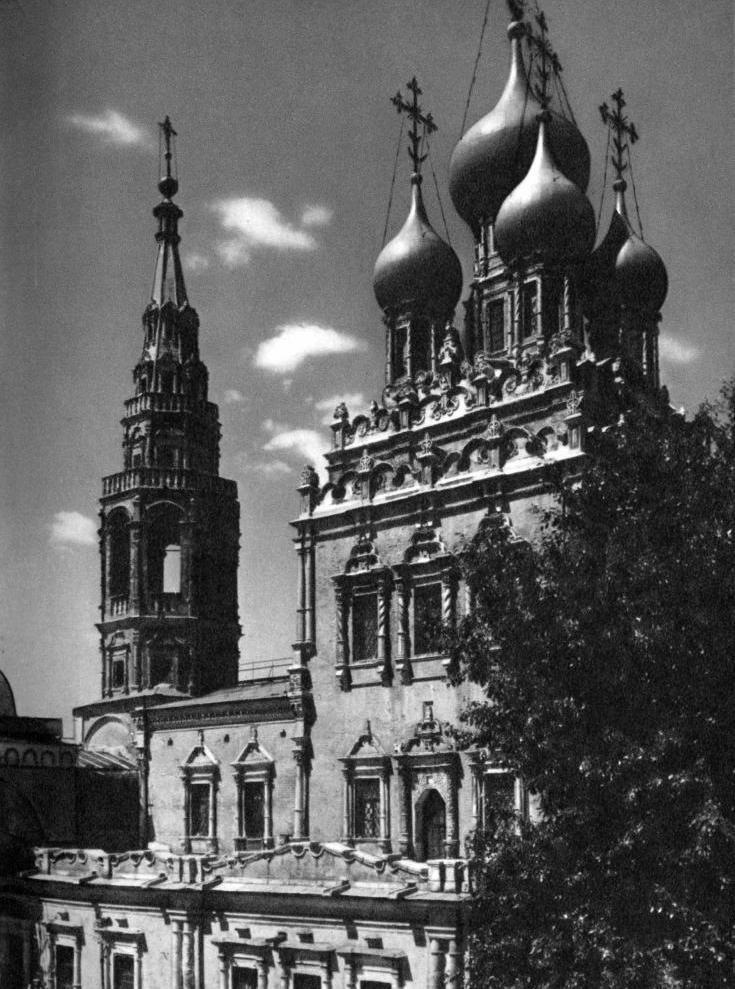1975 - храм в Кадашах