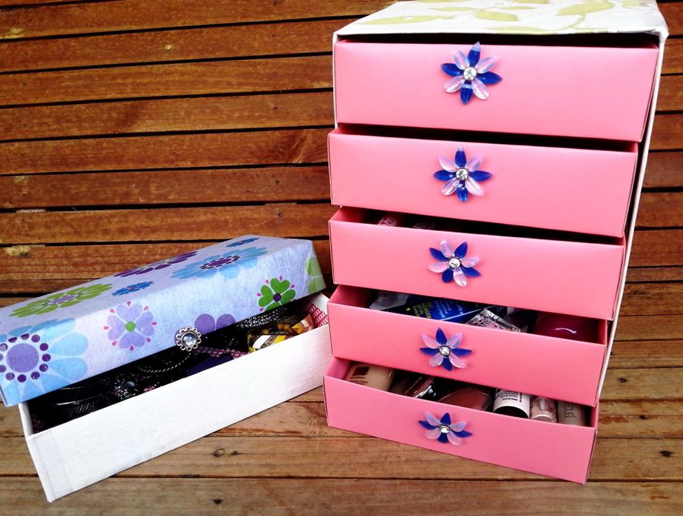 шкатулка для украшений из спичечных коробков