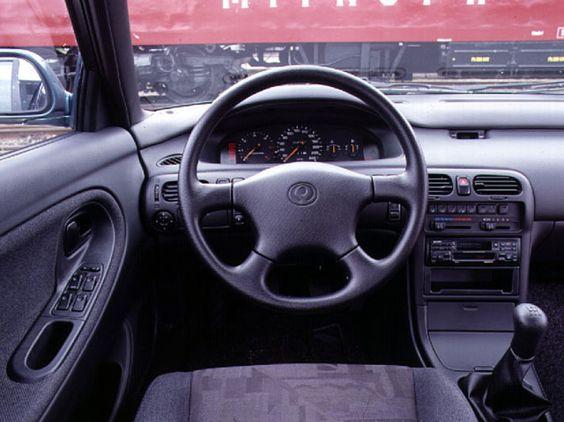 Интерьер Mazda 626 GE