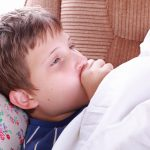 Что такое пневмония у детей: определение, симптомы, причины, лечение и период восстановления