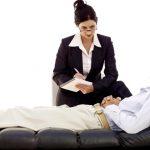 Кто такой психолог и чем он занимается: когда обращаться за помощью