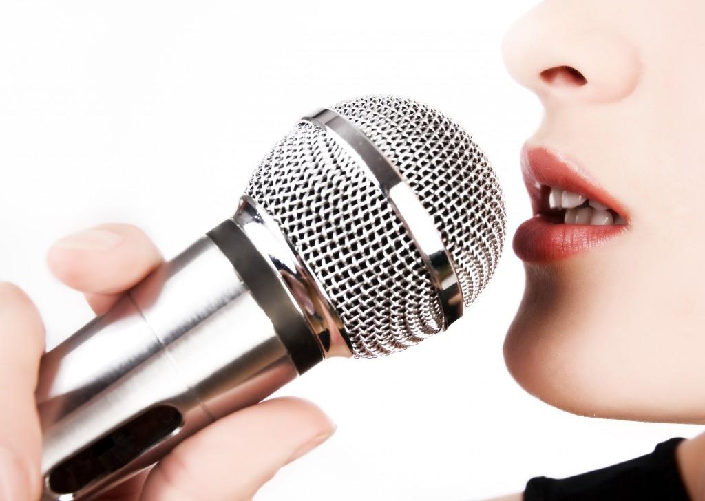как петь не в нос