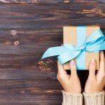 Легкие подарки своими руками: лучшие идеи и способы