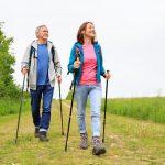 Что такое скандинавская ходьба? Техника выполнения, польза и вред скандинавской ходьбы